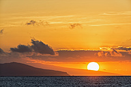 Pacific Ocean, Galapagos Islands, sunset above Santiago Island - FOF007588