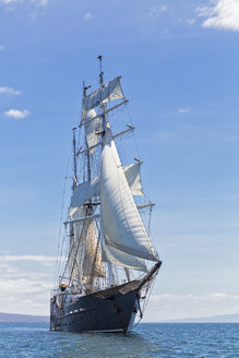 Pacific Ocean, sailing ship under sail at Galapagos Islands - FOF007563