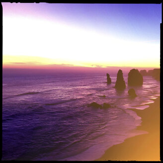 cliff, sunset, seven sisters, beach, water, sea, erosion, princetown, city victoria, australia - LUL000032