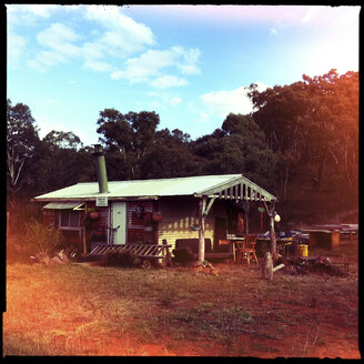 artistic gold diggers house, self made, sofala, new south wales, australia - LUL000063