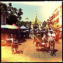 street life at shwedagon pagoda, yangon, myanmar - LUL000114
