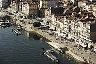 Portugal, Porto, riverwalk - KBF000276