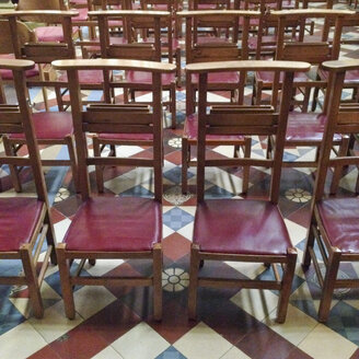 Luxembourg, rows of chairs in church - SEF000869
