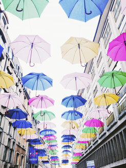 Luxembourg, umbrellas in shopping street - SEF000887