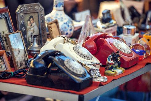 Portugal, Lisbon, old telephones at Feira da Ladra flea market - EH000061
