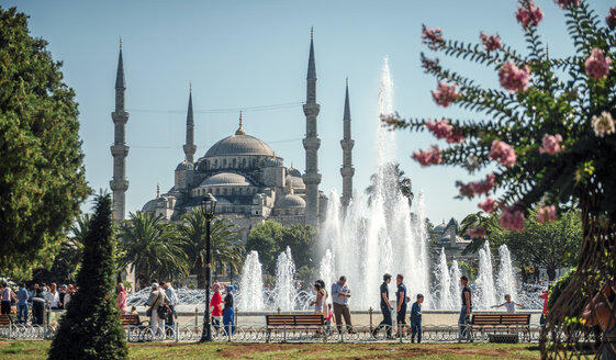 Turkey, Istanbul, Blue Mosque - EH000111