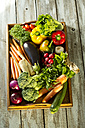 Wooden tray with different vegetables - MAEF009377