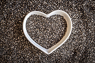 Heart-shaped bowl with chia seeds - SARF001258