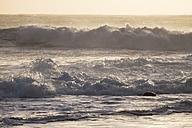 Spain, Canary Islands, La Gomera, Valle Gran Rey, sea wave in evening - SIEF006378
