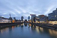 Germany, Duesseldorf, media harbor at dusk - WIF001307