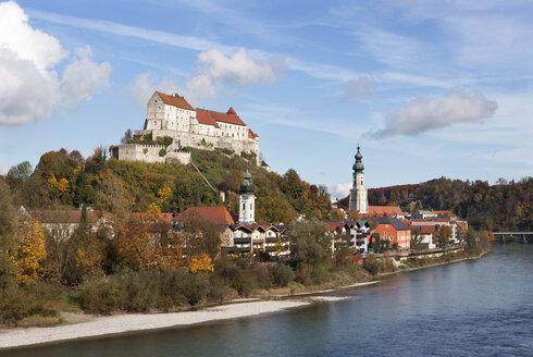 Germany, Bavaria, Burghausen, cityscape - WW003361