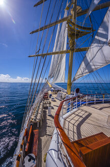 Caribbean, Antilles, Lesser Antilles, Grenadines, Union Island, Sailing ship - THA001202