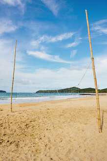 Philippines, Palawan island, Volleyball net bamboo at beach - GEMF000006