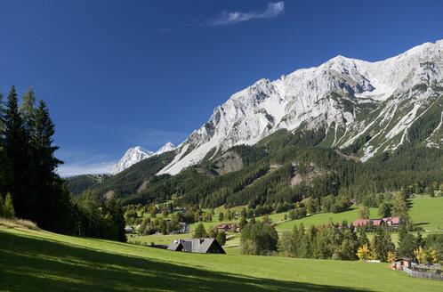 Austria, Styria, Ramsau am Dachstein, Dachstein Mountains - WWF003386