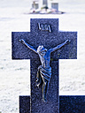 Germany, grave cross in winter - KRPF001182