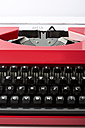 Old red typewriter - MAEF009490