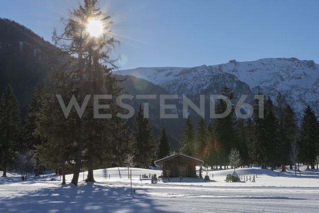 Austria, Tyrol, Pertisau, hut and cross-country ski run - MKFF000158