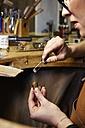 Goldsmith in workshop at work - EDF000095