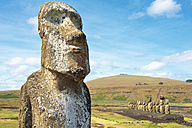 Chile, Easter Island, moai at Ahu Tongariki - GEMF000022