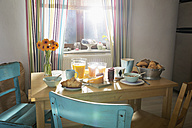 Laid breakfast table - PDF000681