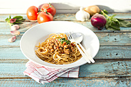 Spaghetti with Bolognese sauce, close up - MAEF009700