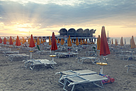 Italy, Lignano Sabbiadoro, sunrise on the beach - GF000563