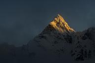 Nepal, Khumbu, Everest region, Ama Dablam sunset on summit - ALRF000019