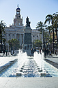 Spain, Andalusia, Cadiz, old town hall and fountain - KBF000326
