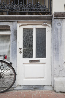 Belgium, Flanders, Blankenberge, entry door of an old house - GW004480