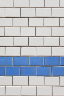Belgium, Flanders, Blankenberge,  tiled facade, close-up - GWF004486