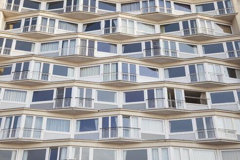 Belgium, Flanders, Blankenberge, apartment building - GW004488