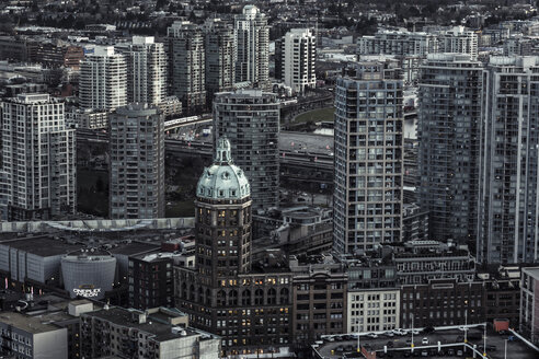 Canada, Vancouver, cityscape as seen from Harbour Centre - NGF000225