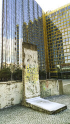 Germany, Berlin, part of Berlin Wall at Axel-Springer-Hochhaus - CMF000223