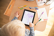 Little boy drawing with digital tablet - MFF001491
