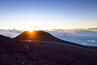 USA, Hawaii, Maui, Haleakala, sunset on mountain top - BRF001034