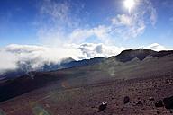 USA, Hawaii, Maui, Haleakala, trail inside the volcanic crater - BRF001044