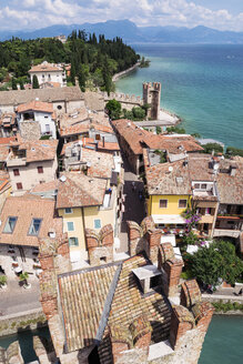 Italy, Lombardy, Province of Brescia, Sirmione, Lake Garda, view from Scaliger Castle - GSF000942