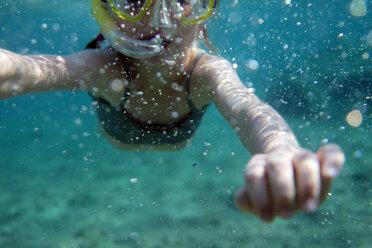 Europe, Girl snorkeling in sea - SAF000017