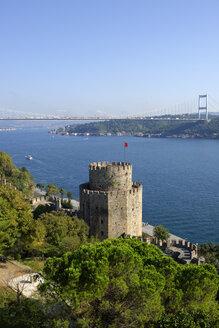 Turkey, Istanbul, Fatih Sultan Mehmet Bridge and fortress - LHF000425