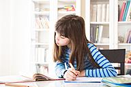 Girl doing homework - LVF002966