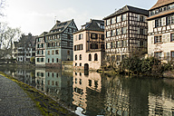 France, Strasbourg, La Petite France, old buildings at riverside of Ill - JUNF000248