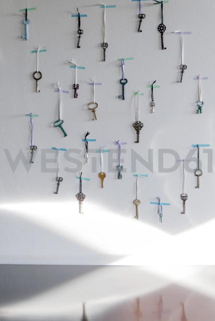 Old keys used as Advent calendar - GIS000057