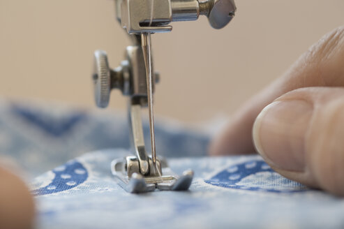 Close-up of a sewing machine - CRF002653