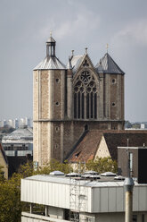 Germany, Brunswick, view to Brunswick Cathedral - EVGF001361