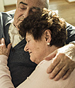 Relaxing senior couple at home - UUF003619