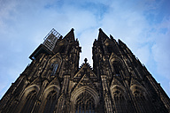 Germany, Cologne, view to Cologne Cathedral from below - DASF000001