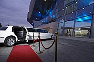 Germany, Munich, stretched limousine at red carpet in front of BMW Welt - ED000129