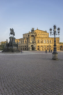 Germany, Dresden, view to Semper Opera House at Theatre Square - PVCF000366