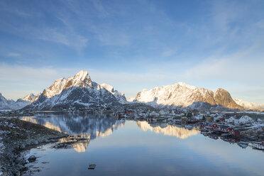 Norway, Lofoten, Reine, view to harbour at sunrise - MKFF000188