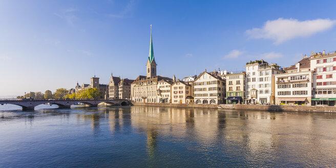 Switzerland, Zurich, Old town, Limmat River, Muenster Bridge and Fraumuenster Church - WDF003022
